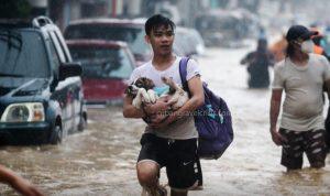 พายุไต้ฝุ่น Vamco ก่อให้เกิดน้ำท่วมครั้งใหญ่ในฟิลิปปินส์