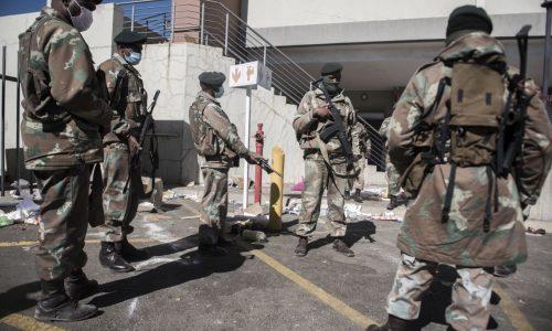 ความโกลาหล ในแอฟริกาใต้