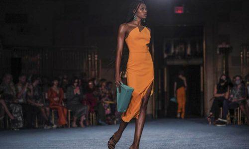 Christian Siriano เริ่มต้นNew York Fashion Weekด้วยสีสัน